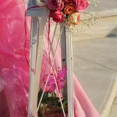 Φαναράκι σε ροζ χρώματα