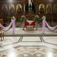 Εσωτερικός στολισμός εκκλησίας