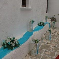 Ανθοσυνθέσεις, μπλε τούλι, λευκά φανάρια